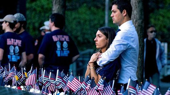 بالصور: الولايات المتحدة تحيي ذكرى هجمات 11 سبتمبر بالصمت والدموع صورة رقم 4