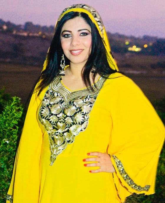 بالصور: ملابس ملونة وتقليدية رائعة.. الأفغانيات يتحدين نساء طالبان! صورة رقم 12