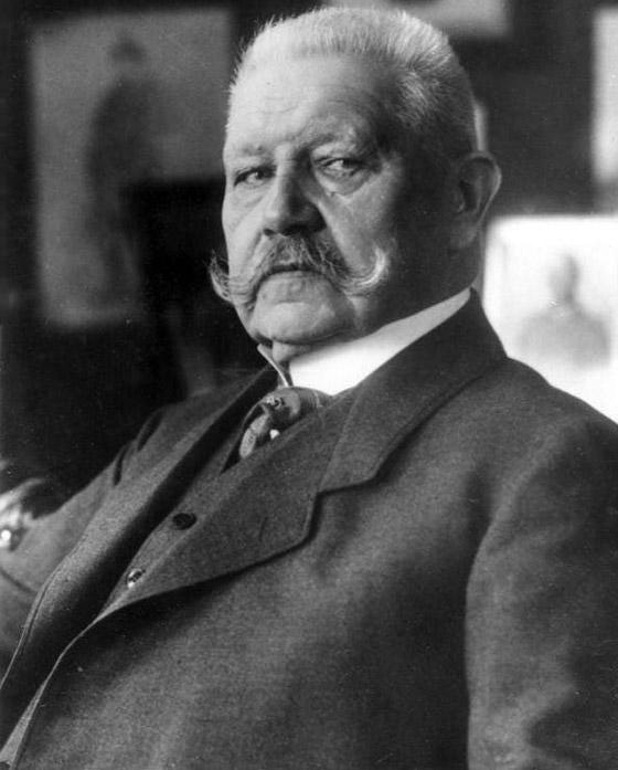 قبل الحرب.. النازي هتلر فاز بـ99% في انتخابات ألمانيا صورة رقم 3