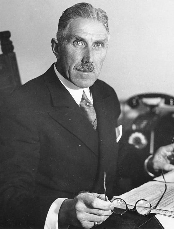 قبل الحرب.. النازي هتلر فاز بـ99% في انتخابات ألمانيا صورة رقم 4
