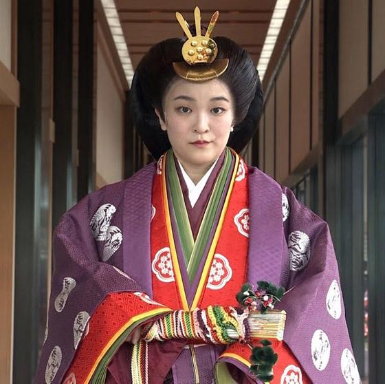 من أجل الحب.. أميرة يابانية تتخلى عن مليون دولار صورة رقم 15