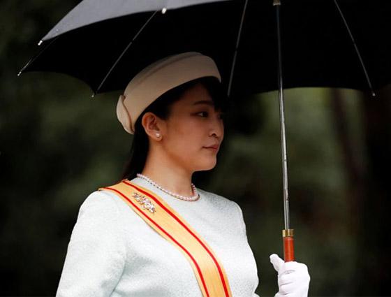 من أجل الحب.. أميرة يابانية تتخلى عن مليون دولار صورة رقم 18