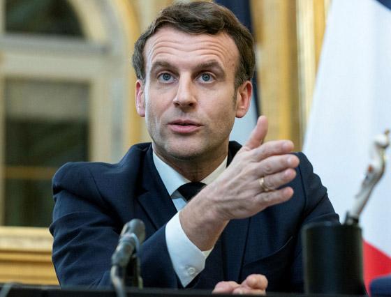 بالفيديو: الاعتداء على الرئيس الفرنسي ماكرون ورشقه بالبيض! صورة رقم 11